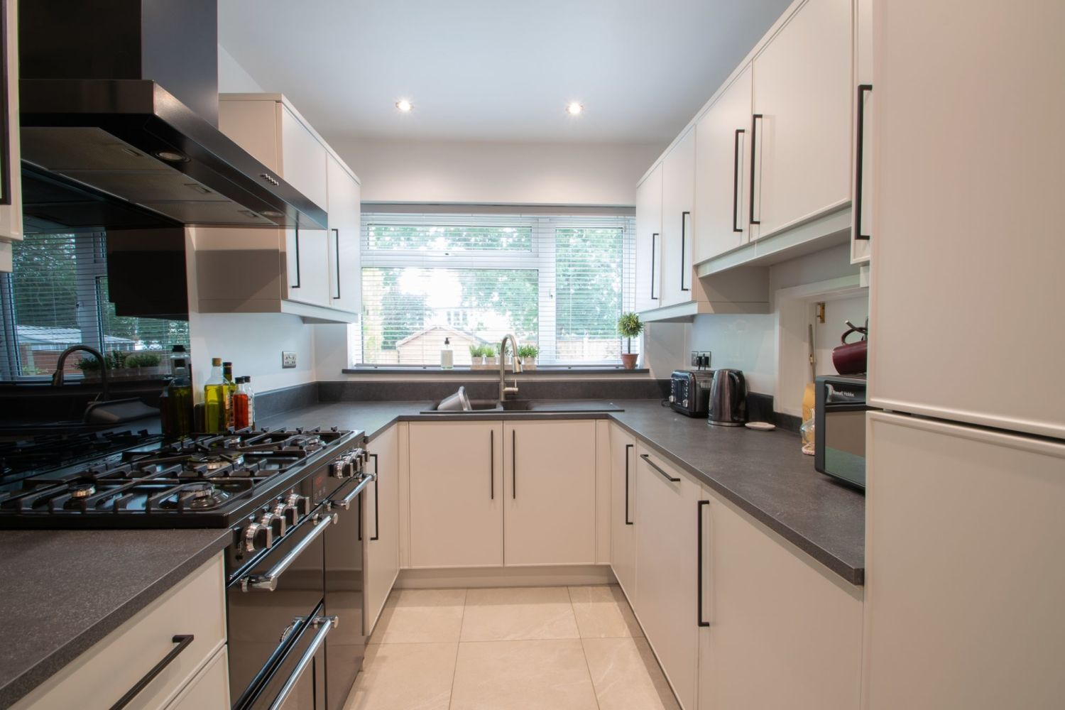 3 bed detached for sale in Clyde Avenue, Halesowen  - Property Image 10
