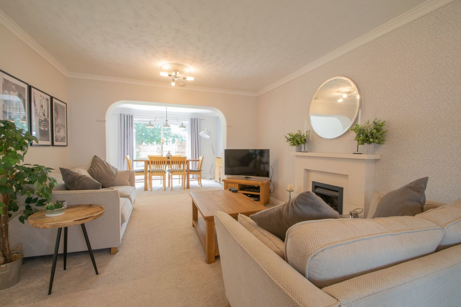 3 bed detached for sale in Clyde Avenue, Halesowen  - Property Image 3