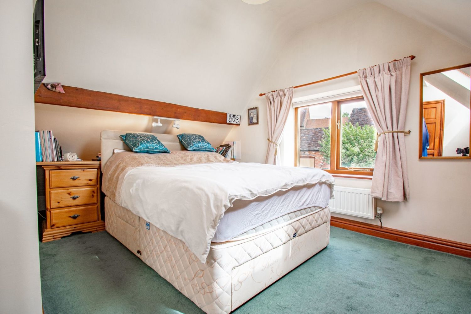 4 bed barn-conversion for sale in Poolhouse Barn, Sugarbrook Lane, Stoke Pound  - Property Image 12