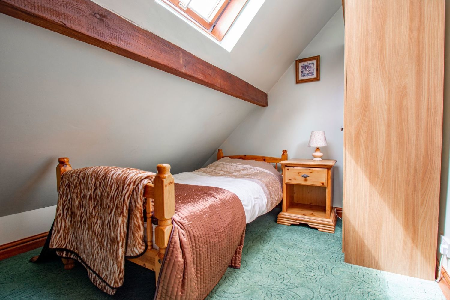 4 bed barn-conversion for sale in Poolhouse Barn, Sugarbrook Lane, Stoke Pound  - Property Image 14