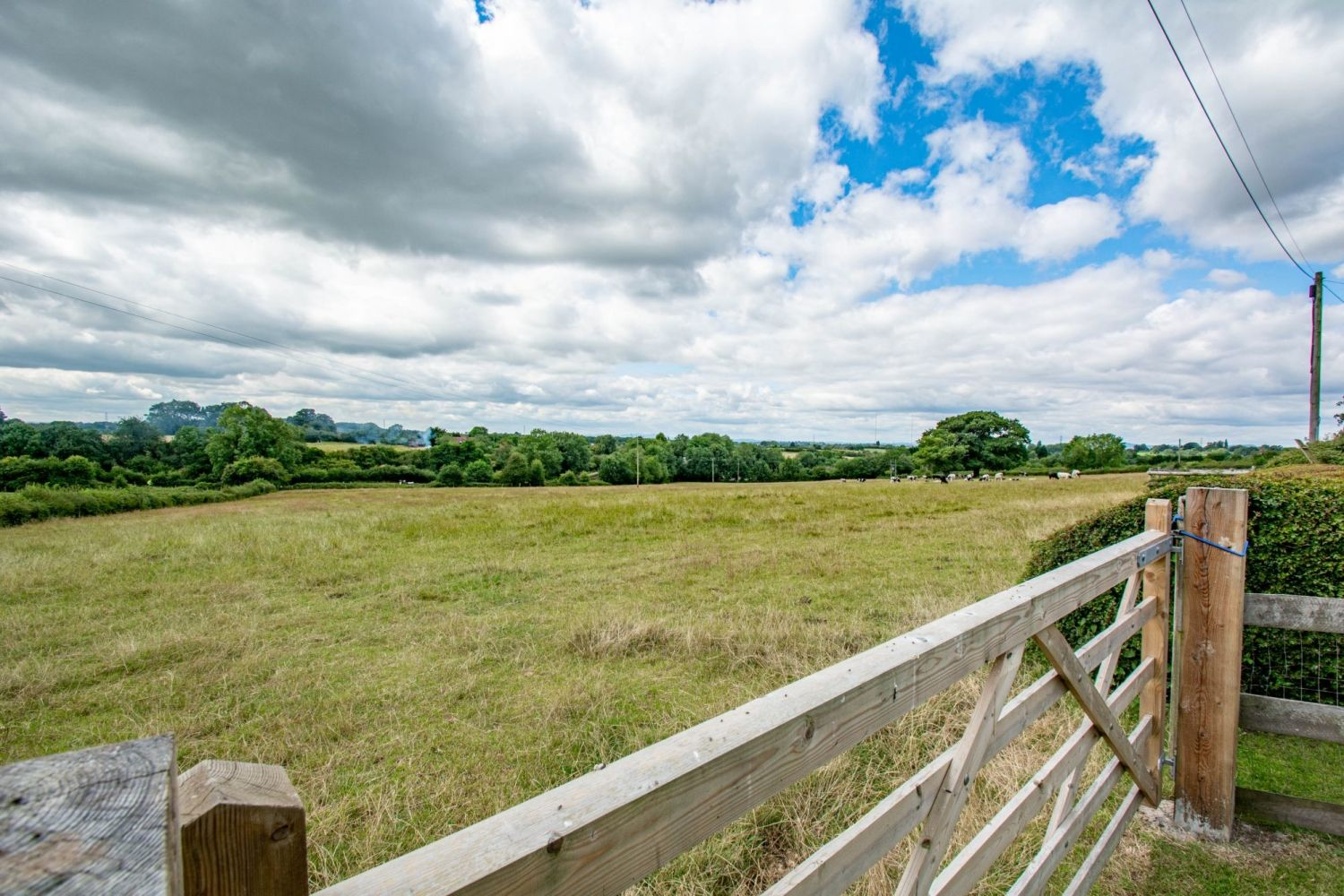 4 bed barn-conversion for sale in Poolhouse Barn, Sugarbrook Lane, Stoke Pound 21