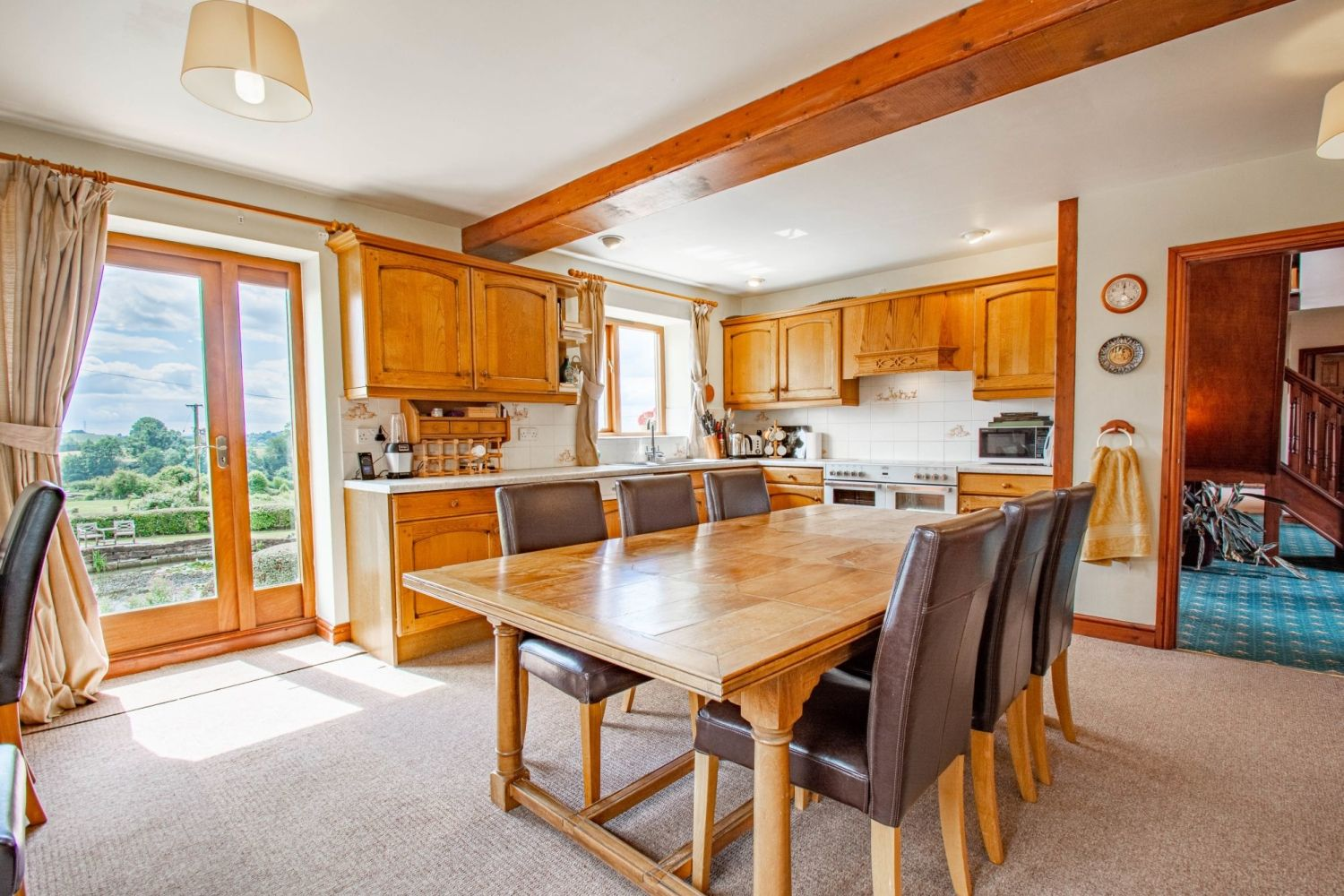 4 bed barn-conversion for sale in Poolhouse Barn, Sugarbrook Lane, Stoke Pound  - Property Image 5