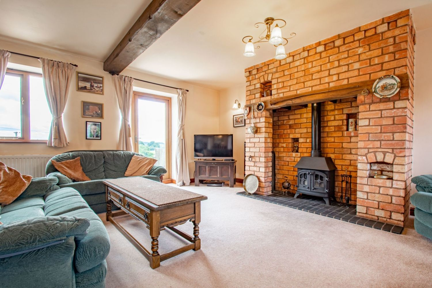 4 bed barn-conversion for sale in Poolhouse Barn, Sugarbrook Lane, Stoke Pound  - Property Image 6