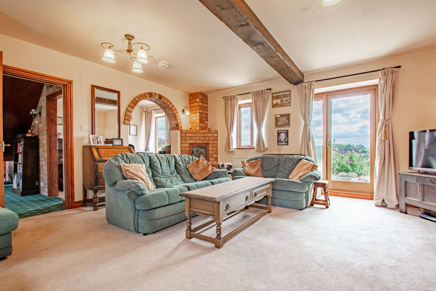 4 bed barn-conversion for sale in Poolhouse Barn, Sugarbrook Lane, Stoke Pound  - Property Image 8