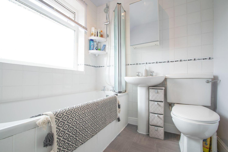 3 bed semi-detached for sale in Lyttleton Avenue, Halesowen  - Property Image 13