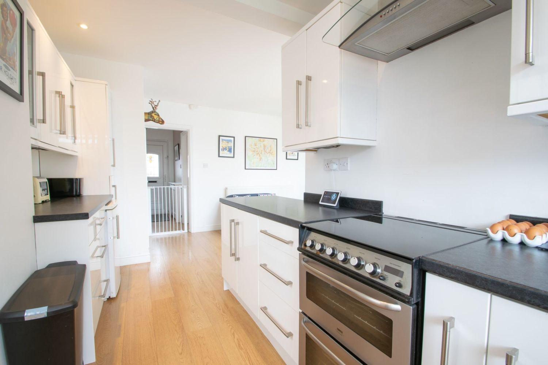 3 bed semi-detached for sale in Lyttleton Avenue, Halesowen  - Property Image 7