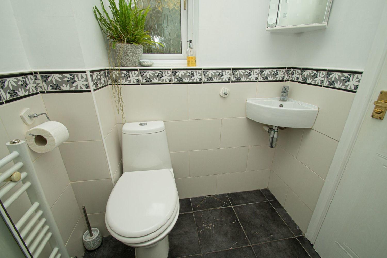 4 bed detached for sale in Harlech Close, Warndon Villages  - Property Image 10