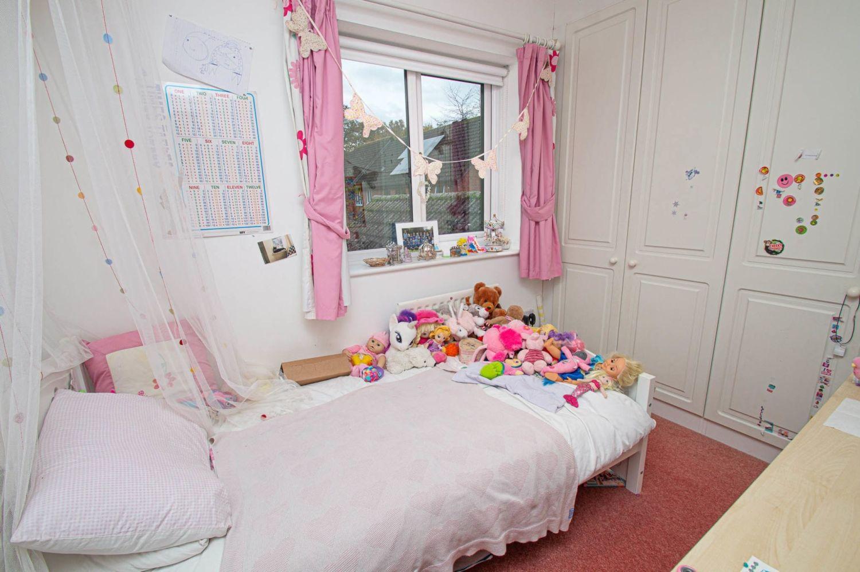 4 bed detached for sale in Harlech Close, Warndon Villages 13