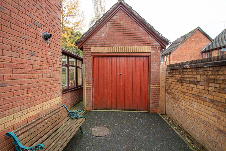 4 bed detached for sale in Harlech Close, Warndon Villages  - Property Image 17