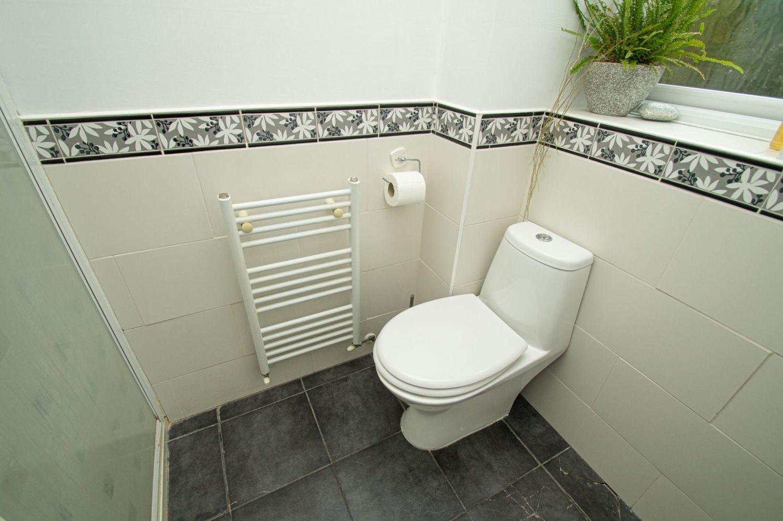 4 bed detached for sale in Harlech Close, Warndon Villages  - Property Image 9