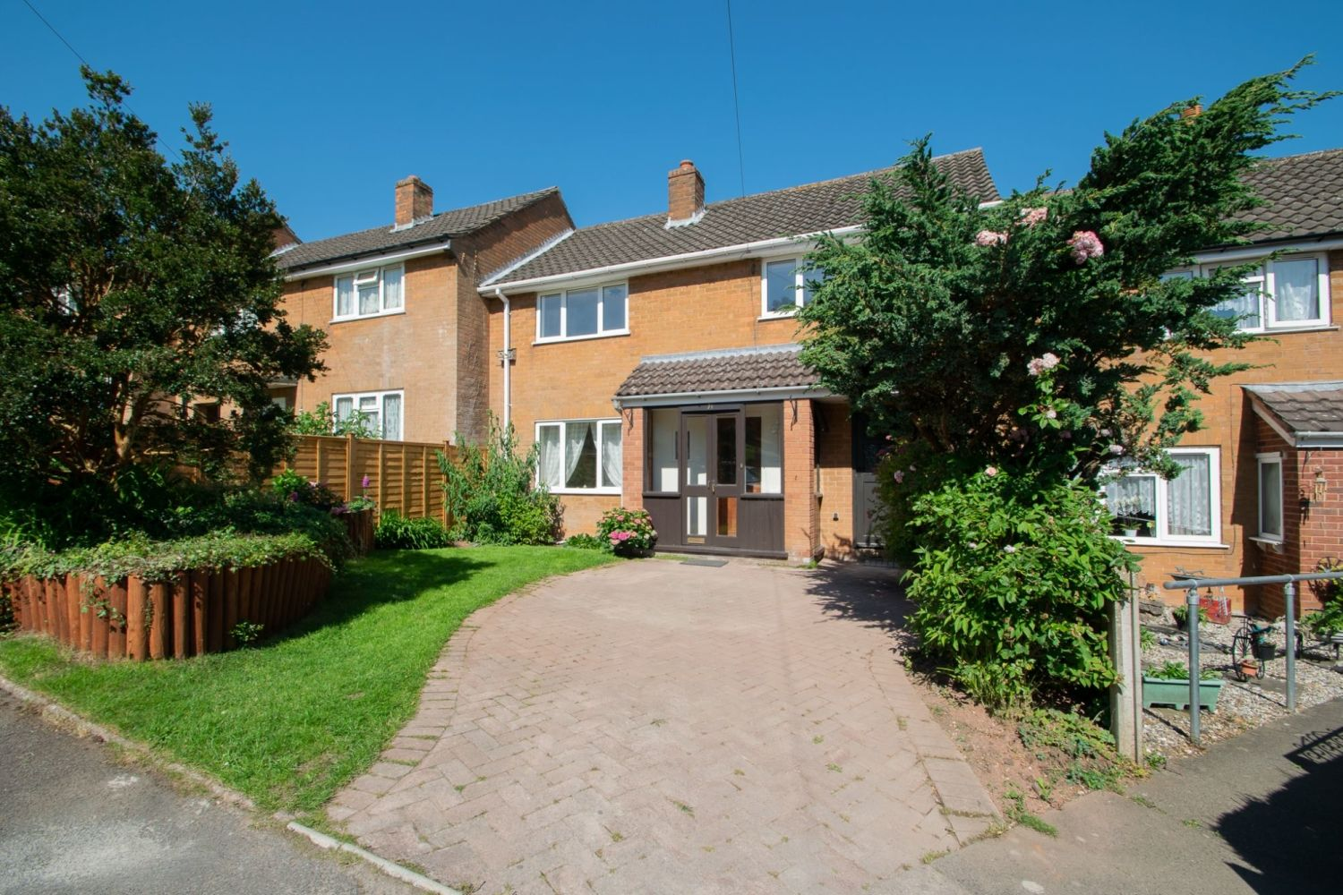 3 bed terraced for sale in Waverley Crescent, Romsley  - Property Image 1