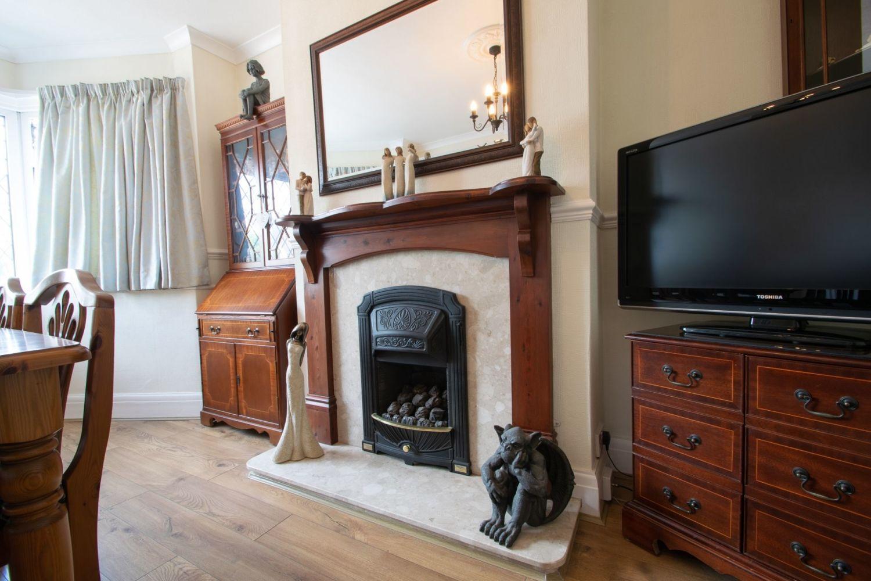 3 bed semi-detached for sale in Howley Grange Road, Halesowen  - Property Image 6