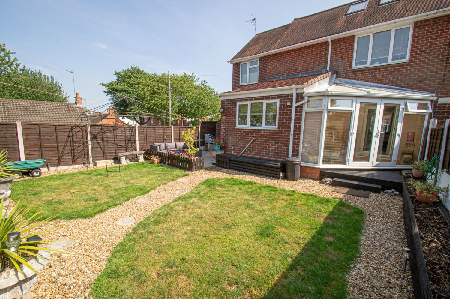 4 bed semi-detached for sale in Oak Street, Kingswinford 22