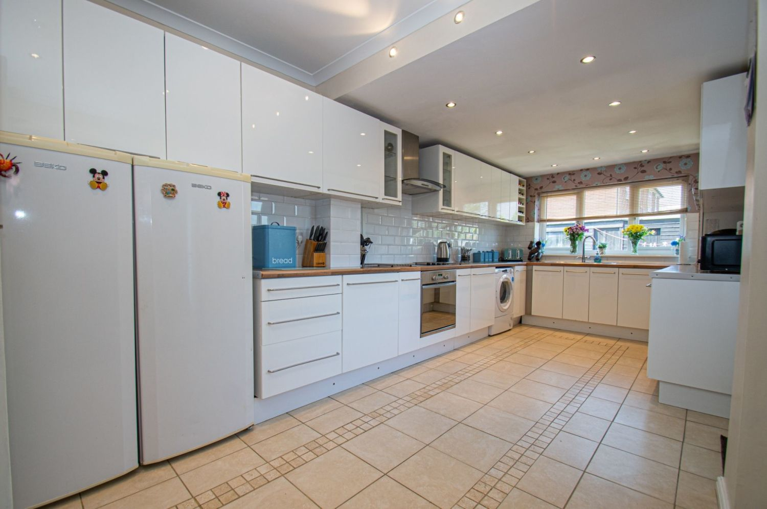 4 bed semi-detached for sale in Oak Street, Kingswinford 6