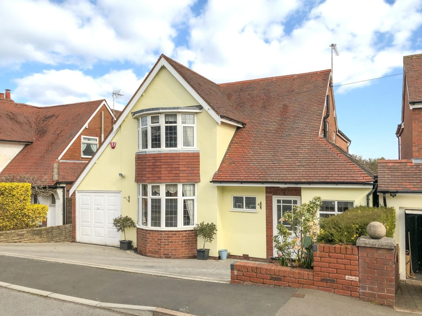 3 bed detached for sale in Reservoir Road, Cofton Hackett  - Property Image 1