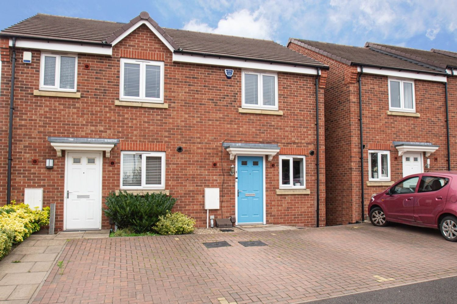 2 bed semi-detached for sale in Bobeche Place, Kingswinford 1