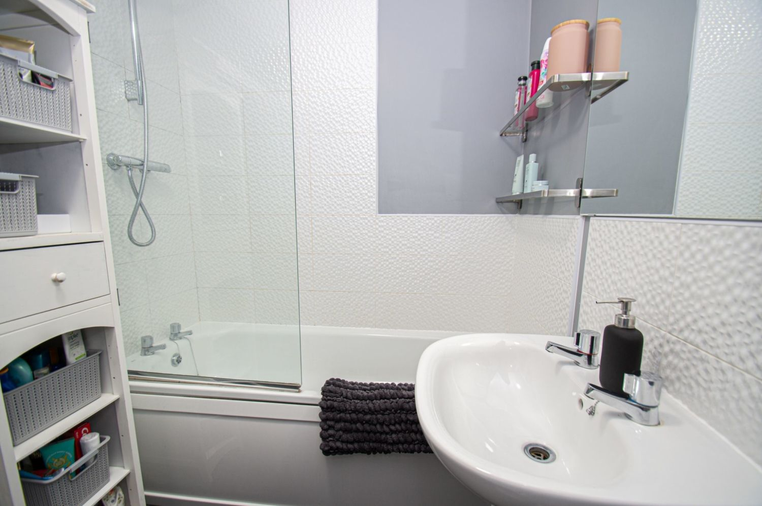 2 bed semi-detached for sale in Bobeche Place, Kingswinford 10