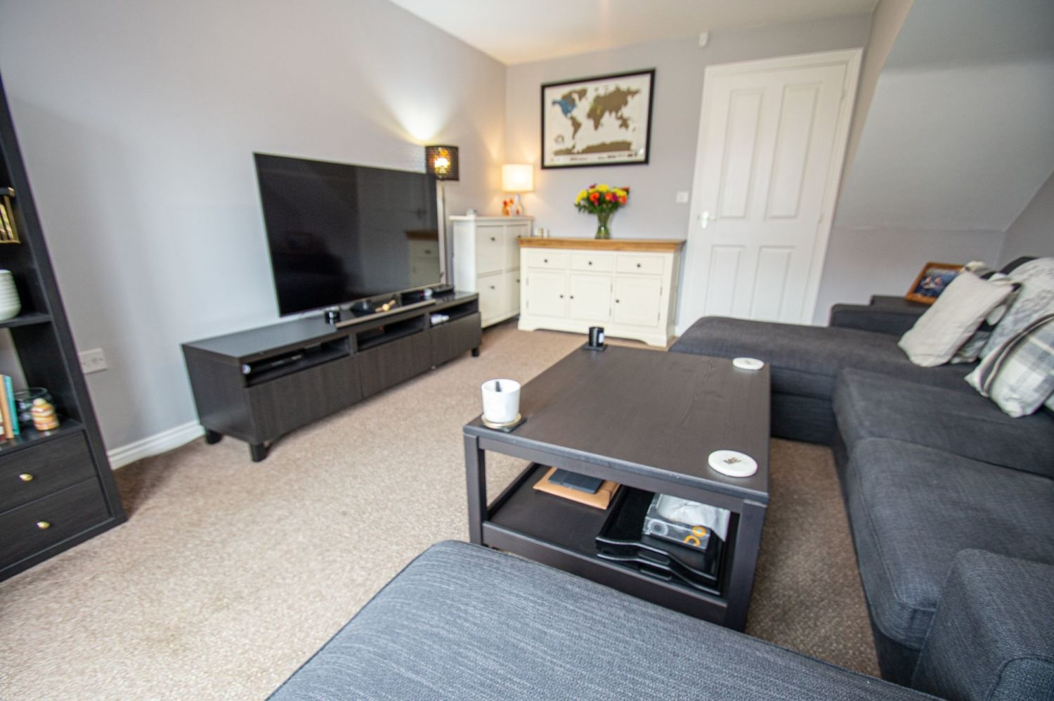 2 bed semi-detached for sale in Bobeche Place, Kingswinford 3