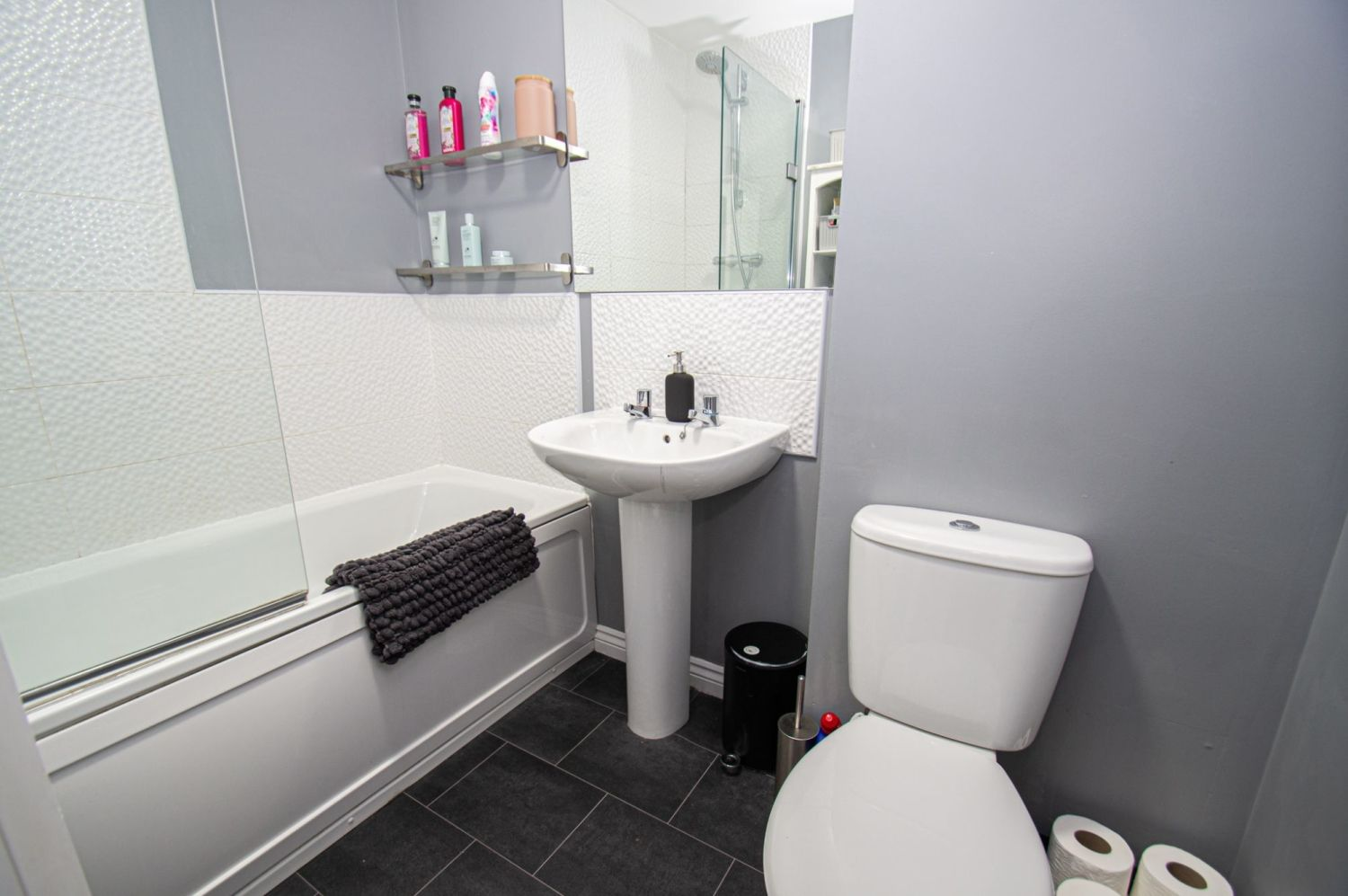 2 bed semi-detached for sale in Bobeche Place, Kingswinford 9