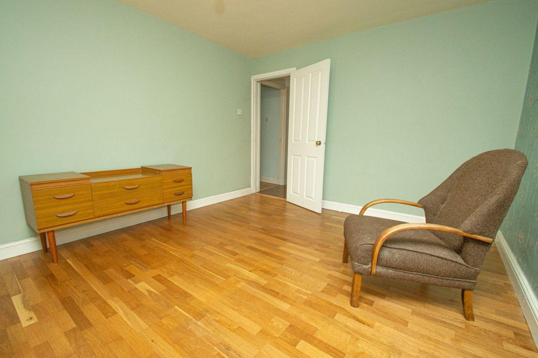 2 bed flat for sale in Malvern Avenue, Stourbridge  - Property Image 9
