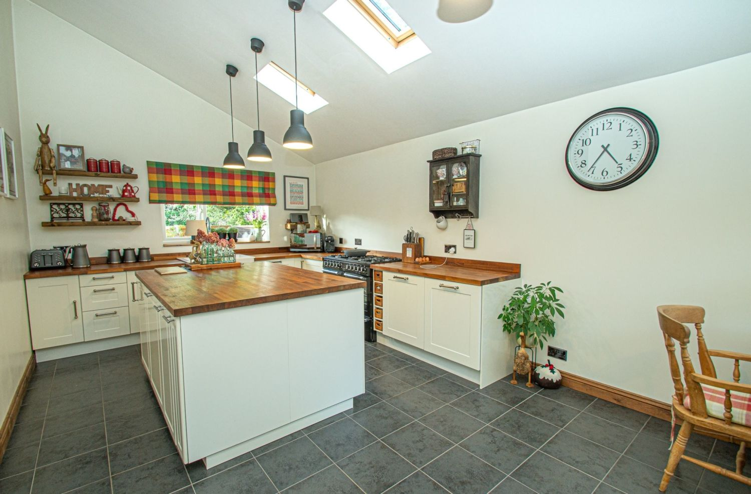 3 bed detached for sale in Longhope Close, Winyates Green  - Property Image 4
