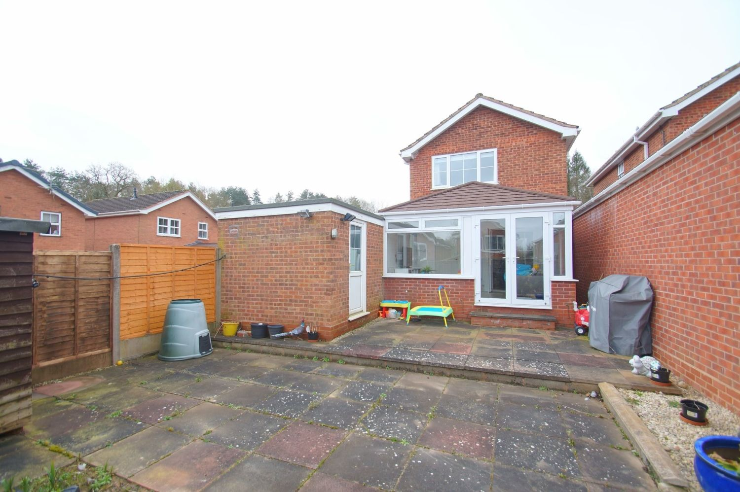 3 bed detached for sale in Painswick Close, Oakenshaw 15