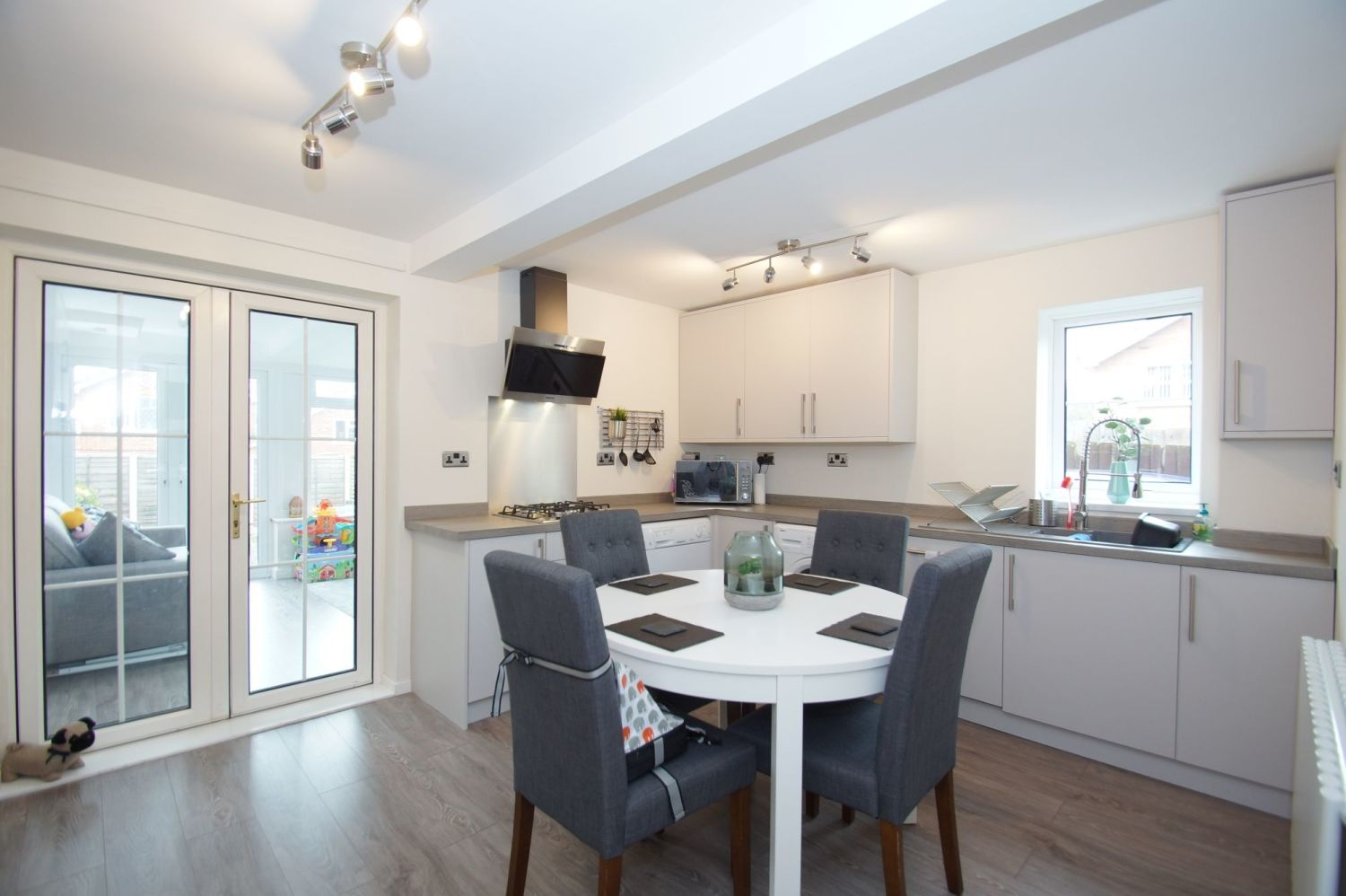 3 bed detached for sale in Painswick Close, Oakenshaw 3