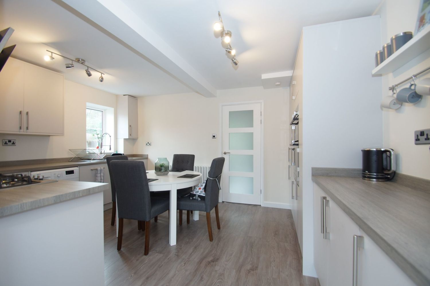 3 bed detached for sale in Painswick Close, Oakenshaw 5