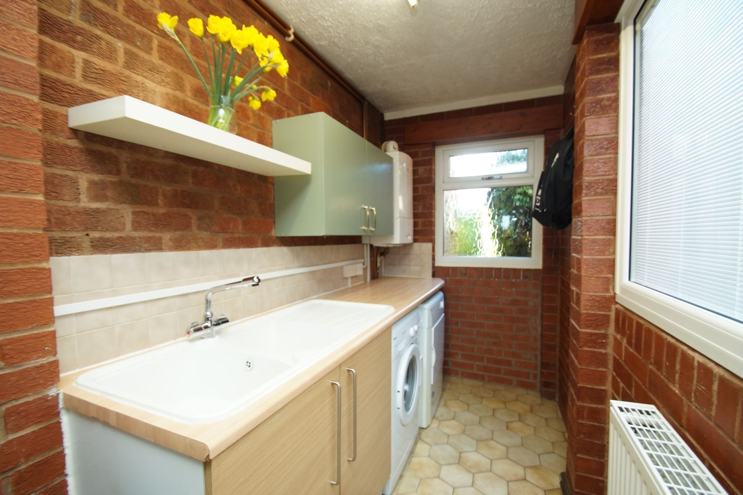 3 bed detached for sale in Fox Lane, Bromsgrove 12