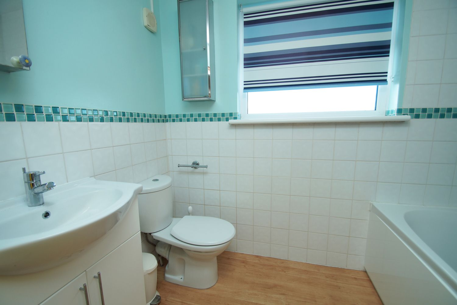 3 bed detached for sale in Fox Lane, Bromsgrove 17