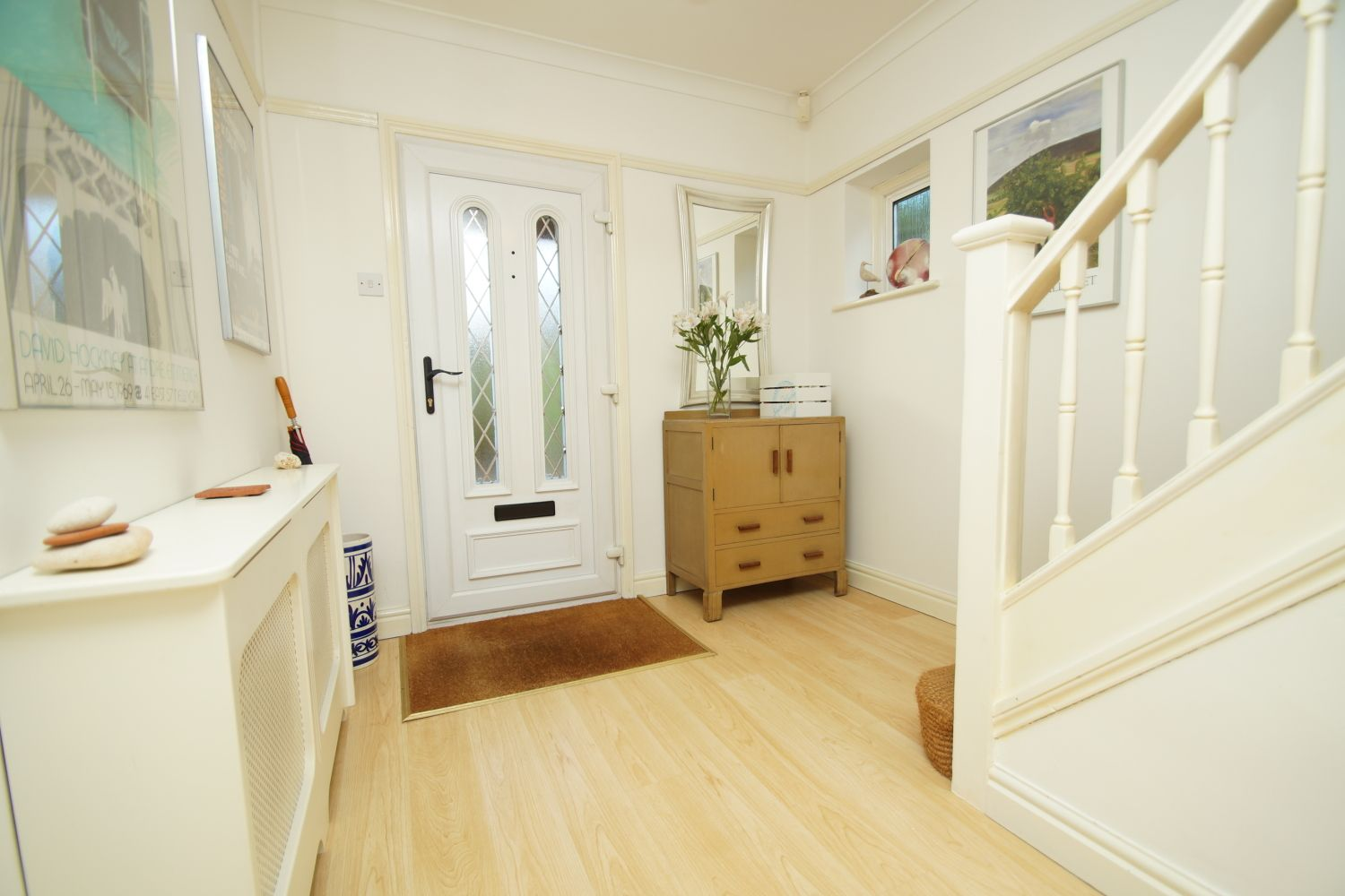 3 bed detached for sale in Fox Lane, Bromsgrove  - Property Image 4