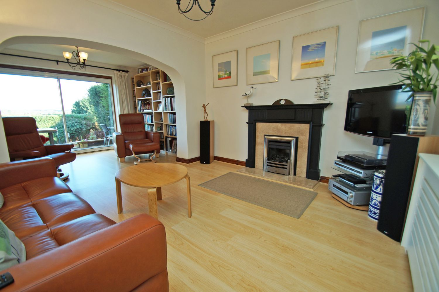 3 bed detached for sale in Fox Lane, Bromsgrove  - Property Image 8