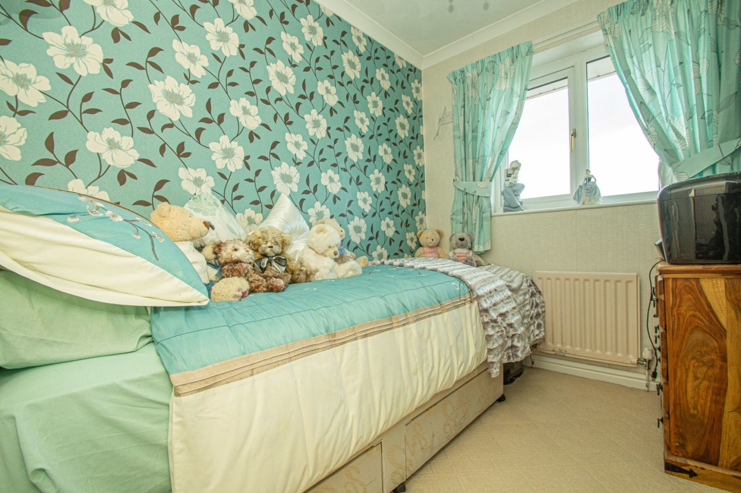 3 bed detached for sale in Broomehill Close, Brierley Hill 13