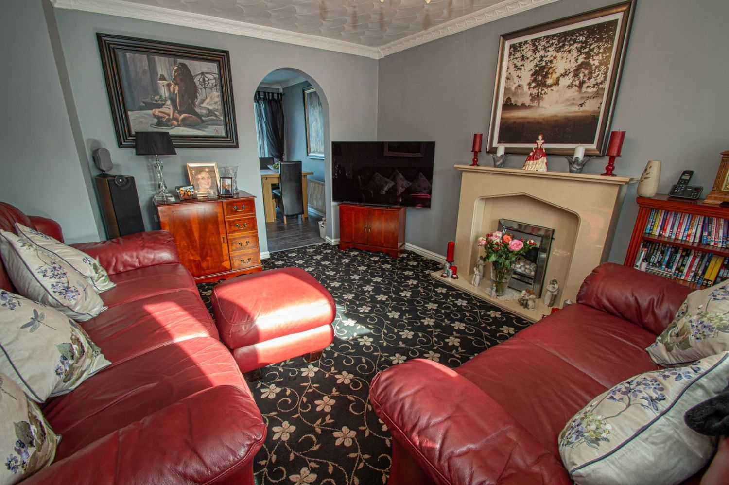 3 bed detached for sale in Broomehill Close, Brierley Hill 3