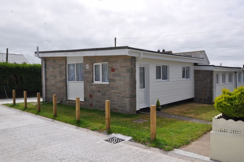 2 bed bungalow for sale in Woolacombe Station Road  - Property Image 2