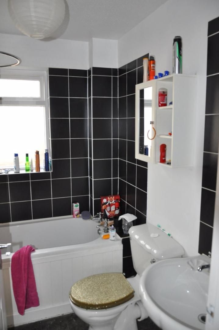 2 bed house for sale in Stoat Park 7