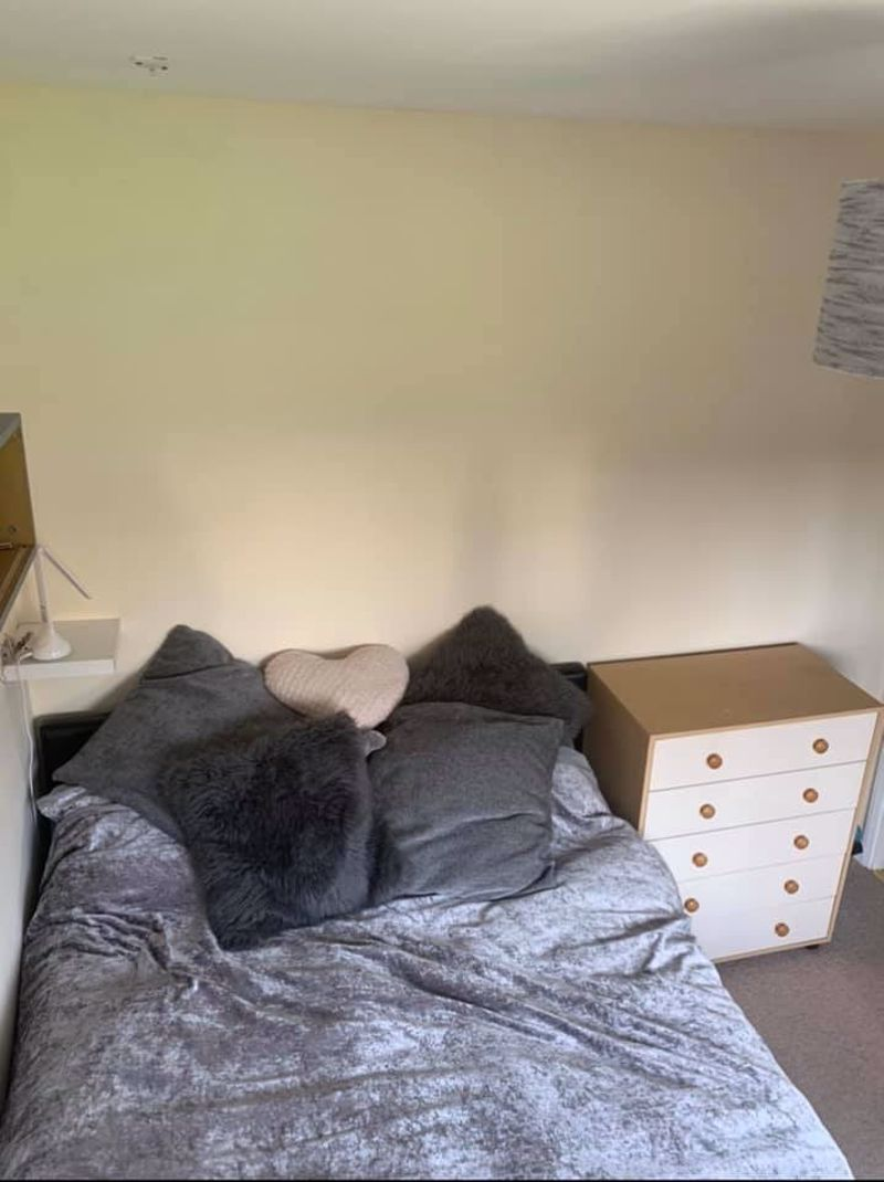 3 bed house for sale in Mazzard Close  - Property Image 11