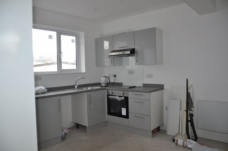 1 bed flat to rent in Queen Street 3