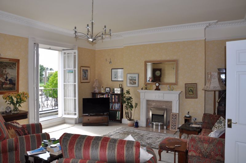 2 bed flat for sale in Union Terrace 3