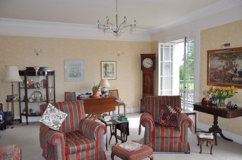 2 bed flat for sale in Union Terrace  - Property Image 4