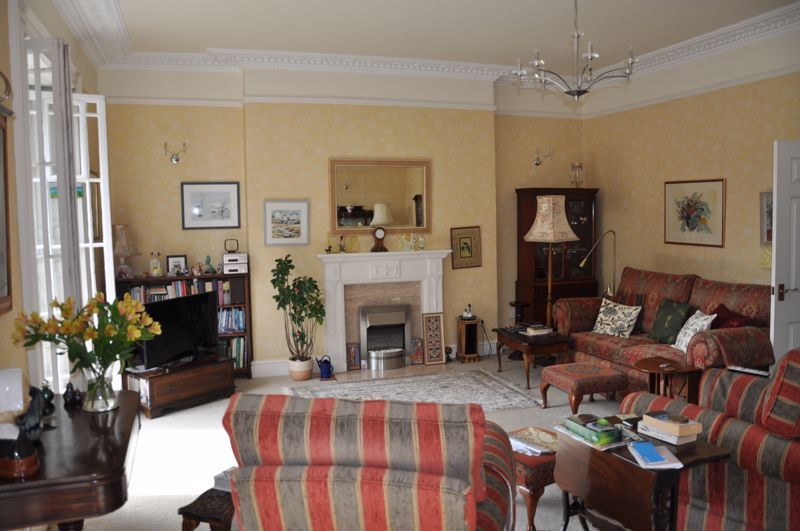 2 bed flat for sale in Union Terrace 5