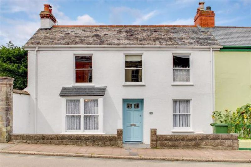 4 bed  to rent in South Street, EX32