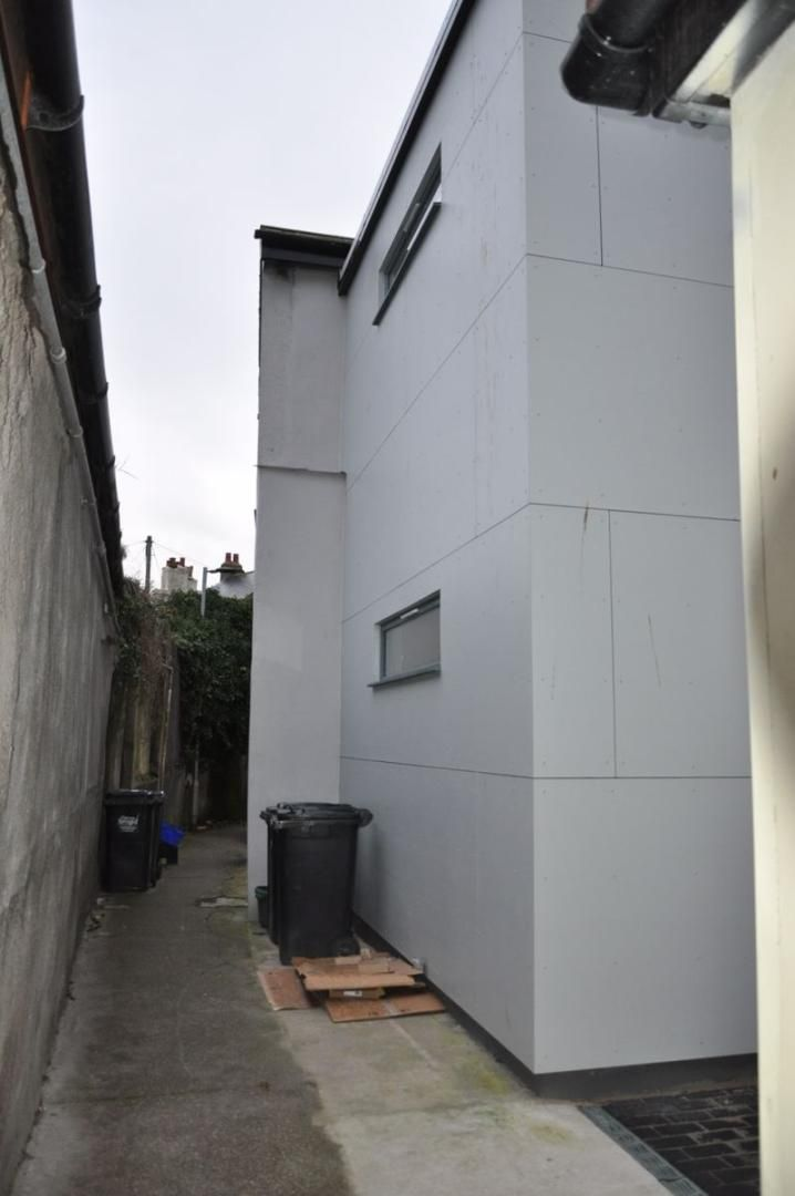 1 bed flat to rent in Boutport Street 9