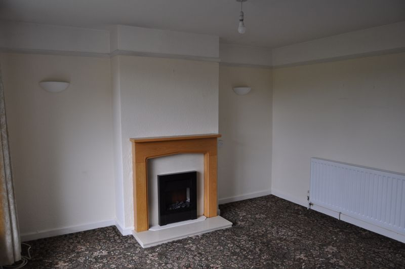 2 bed bungalow to rent in Church Close 13
