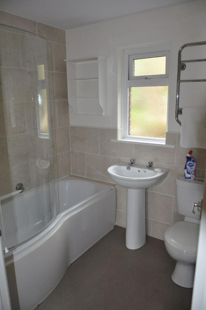2 bed bungalow to rent in Church Close 10