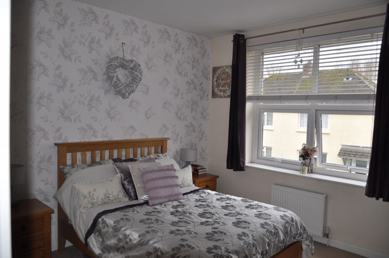 4 bed house for sale in Gloster Road 7