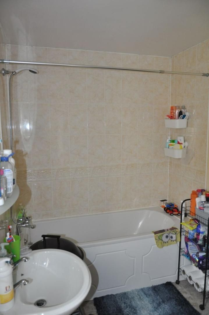 2 bed flat for sale in Westacott Meadow  - Property Image 6