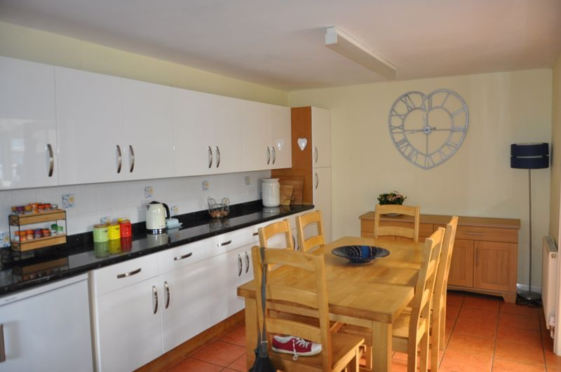 to rent in Hilltop Cottages 6