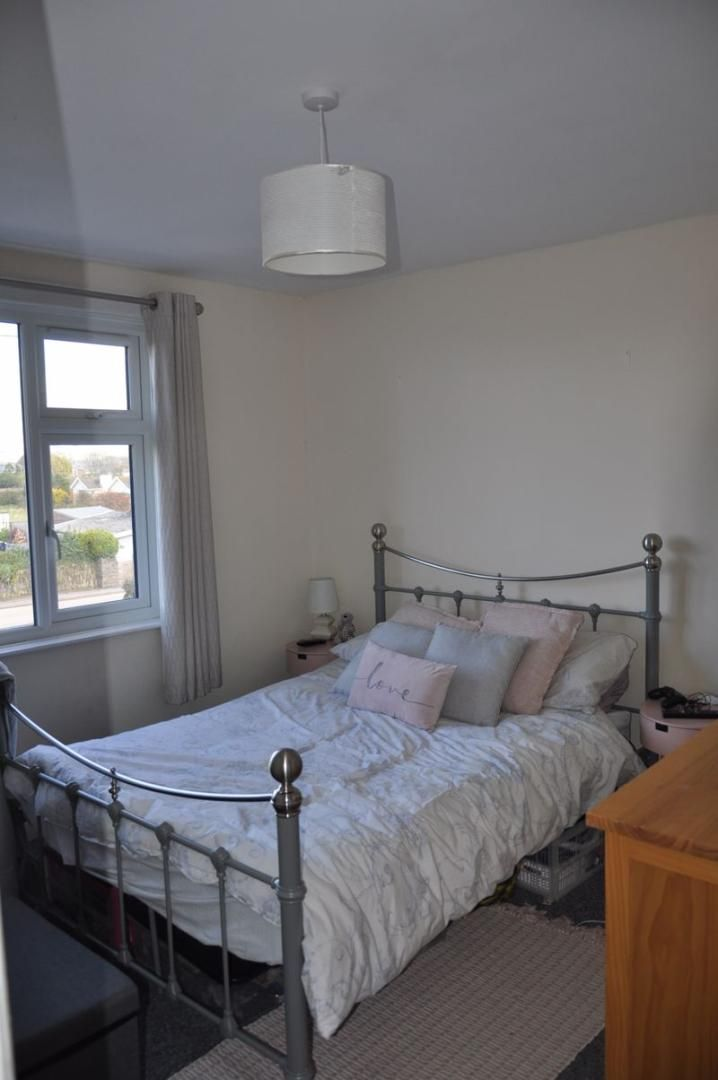 to rent in Hilltop Cottages 9
