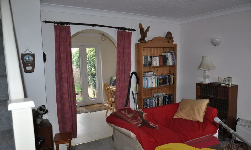 2 bed house for sale in Meadow Park 7